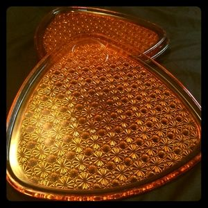 Vintage (1950s) Amber Daisy & Button Snack Plates
